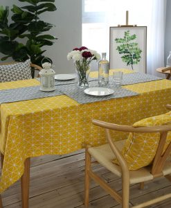 GIANTEX Yellow Chessboard Decorative Table Cloth Cotton Linen Tablecloth Dining Table Cover For Kitchen Home Decor U1100 1