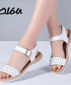O16U 2018 Women T Strap Leather Sandals Shoes Flat Buckle Cut Out Retro low heel Sandals Shoes Ladies Casual Summer Shoes Women