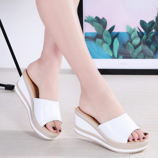 O16U Summer Slippers Women Flat Platform Sandals Shoes Beach Shoes Slip-on round toe Leather Wedges slides flip flops Ladies 2