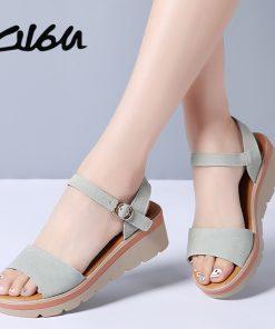 O16U 2018 Women Sandals Shoes Summer Suede Leather Thick Heel Wedge Platform Sandals Ladies Ankle Strap Retro Flat Sandals Women