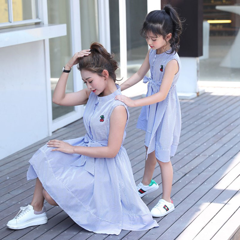 moother and daughter dress cotton mama girl 2018 summer Cute bow family look mother and daughter clothes dress mom daughter  1