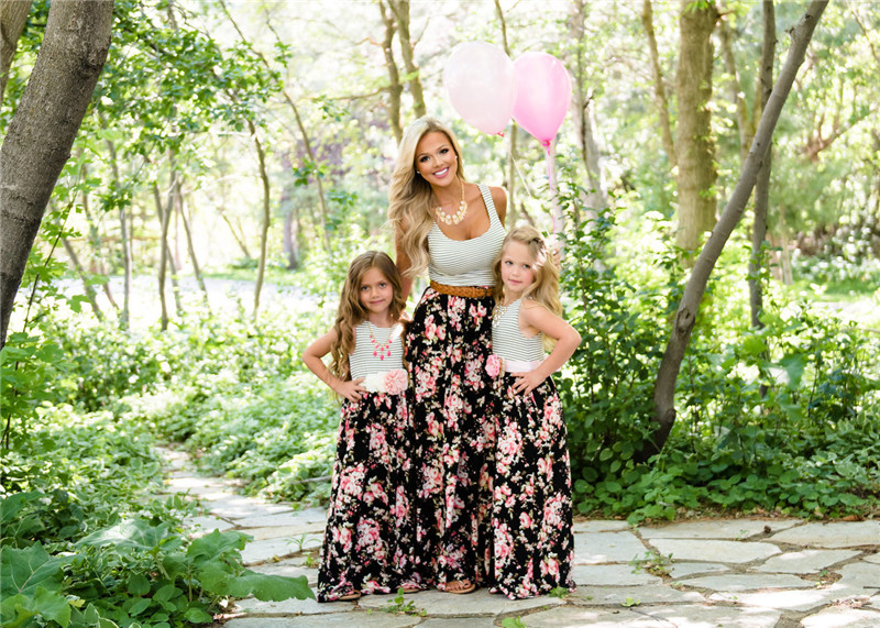 Mommy and Me Flower Mother Daughter Dresses Family Matching Clothes Outfits Floral Print Sleeveless Mom Girls Long Maxi Dress 1