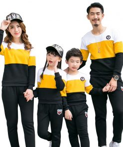 Family Clothing New 2018 fashion Autumn mother father Boy Girls Cotton clothes set Family Matching Outfits Mommy and Me Clothes