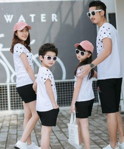 2018 Summer Clothing Family Look Father Boy Mother Daughter Cotton Shirts Shorts Pants set Plus سایز Matching Family Clothes 1