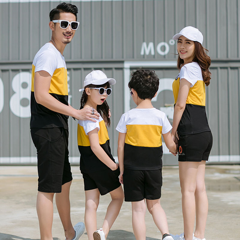 2018 New Summer Family Matching Outfits Father Boy Mother Daughter Cotton Shirts Shorts Pants set Plus سایز Family Clothing 1