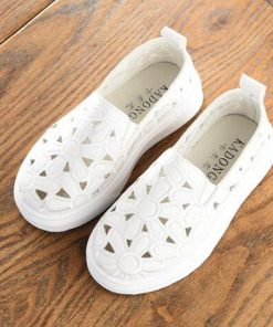 2018 New Children Shoes Kids Sneakers Girl PU leather Slip-On Breathable Flat Shoe Infant Girl Hollow flora Casual Shoe 1