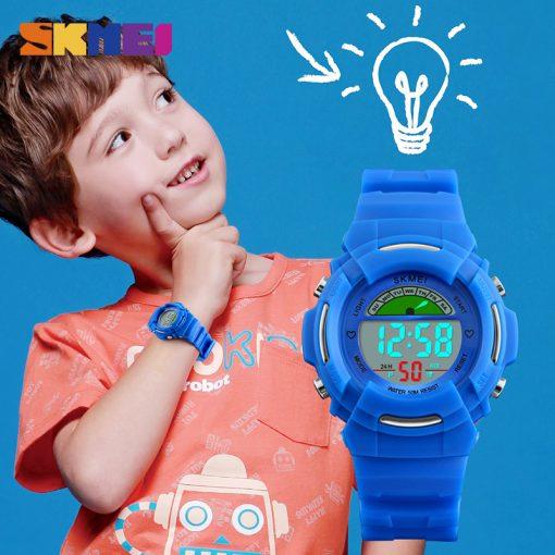SKMEI New Sports Children Watches Fashion Alarm Watch Kids Back Light Waterproof Boy Digital Wristwatches Girl Relogio Infantil 2