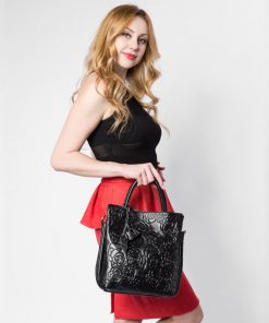 REALER brand genuine leather handbag female leather black tote bag high quality floral embossed handbag ladies shoulder bag 1