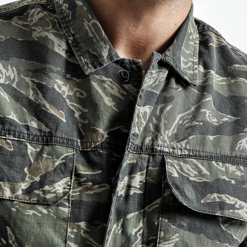 SIMWOOD Spring Spring  New Camouflage jackets men military pocket army tactical denim slim fit plus size high quality NK017012 1