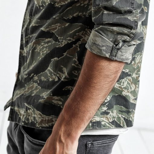 SIMWOOD Spring Spring  New Camouflage jackets men military pocket army tactical denim slim fit plus size high quality NK017012 4